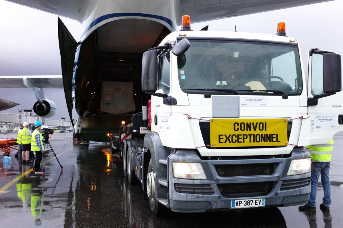 LPF unloaded at Kourou